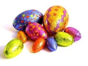 ovos-de-páscoa-coloridos