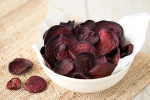 default_hungry-girl-healthy-best-ever-beet-chips-20160930-1222-22245-7932